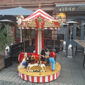 Nostalgie-Karussell mit 5 Plätzen